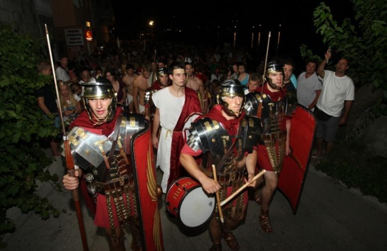 noc króla Artura Igranje